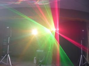 alquiler-pompas-luces-discoteca